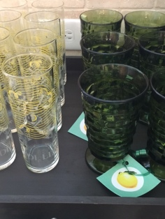 Lemon graphics were printed and tied to the feet of the glasses for an added festive touch.